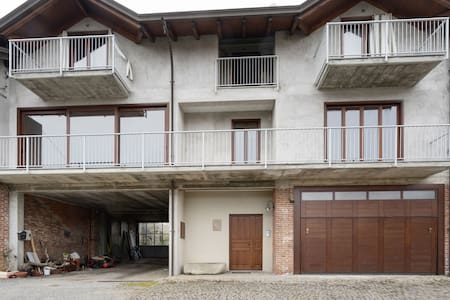 Secluded Apartment in Romagnano Sesia with Balcony