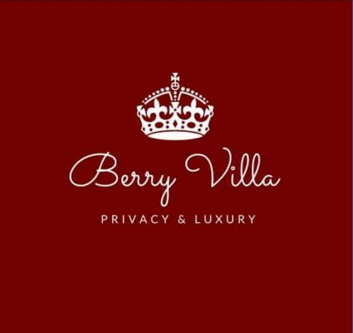 Berry Villa Privacy and luxury