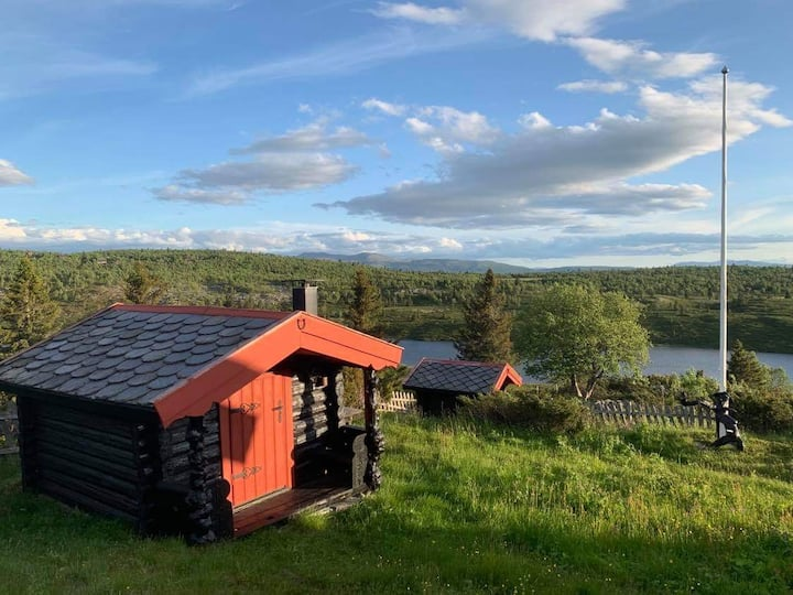 Hytte/seter i særdeles naturskjønne omgivelser