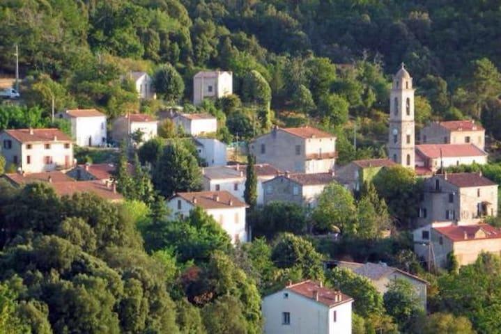 Maison région Ajaccio près du GR20 - Tavera - House