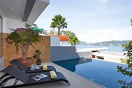 Akita Pool Villa 2