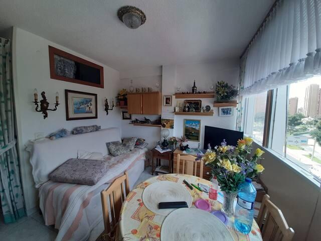 1 Dorm. Larga temporada, 550€/mes, Levante pueblo.