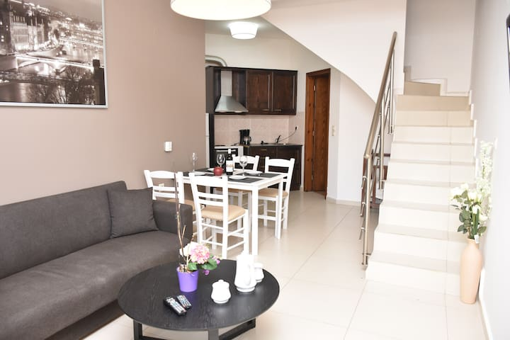 New Maisonette 5min walk to beach,Platanias heart! - Platanias - Apartment