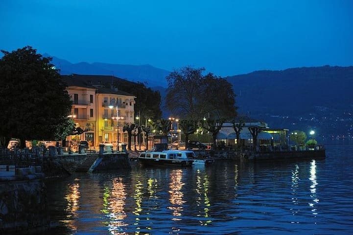 Large Apartment in Baveno Opposite the Hotel Dino.