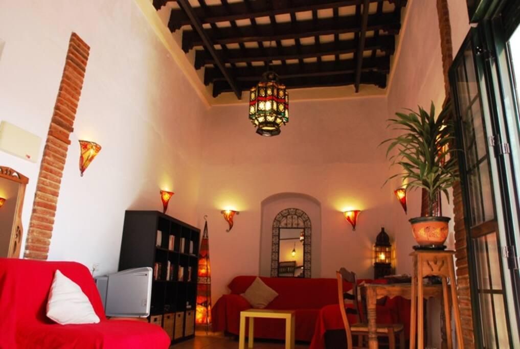 cliff edge house with amazing views appartements louer arcos de la frontera andalousie. Black Bedroom Furniture Sets. Home Design Ideas