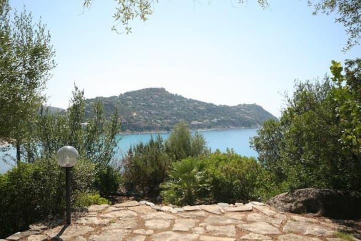 Villa Scarabeo con vista mare per 6