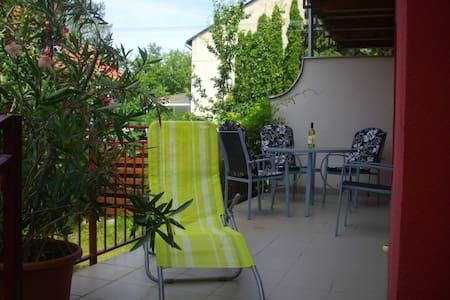 kertes önálló ház Hévízen - Hévíz