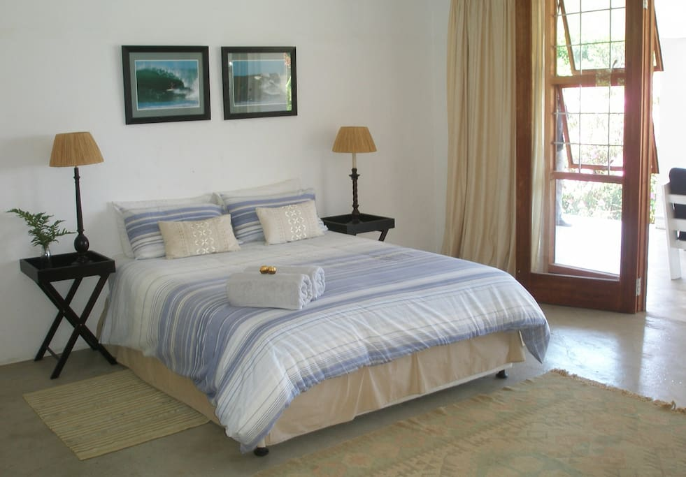 4 of the 5 bedrooms boast sea views and from the master bedroom you can literally watch the surfers riding waves on the point from the pillow.