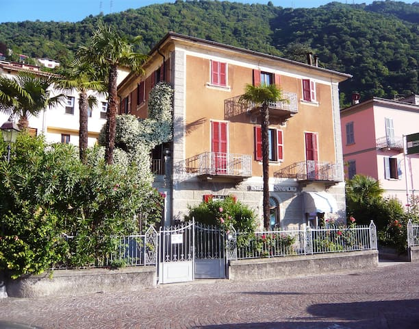 VILLA CAMILLA - heart of the Lake - Argegno - Apartament