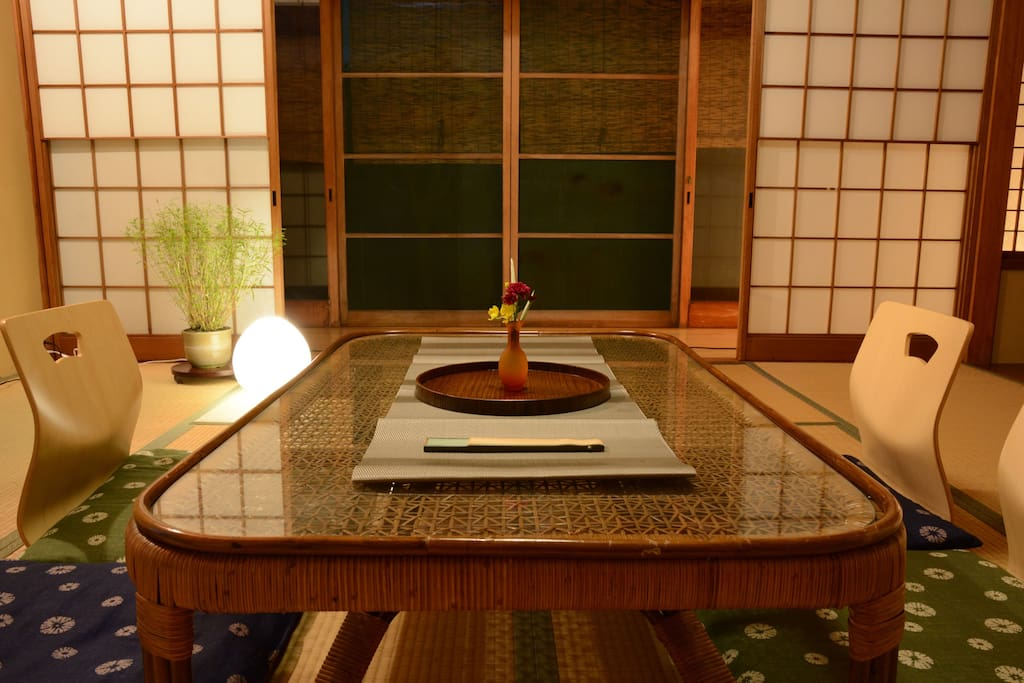 Traditional Japanese Tatami Room (Living Room)/1階和室