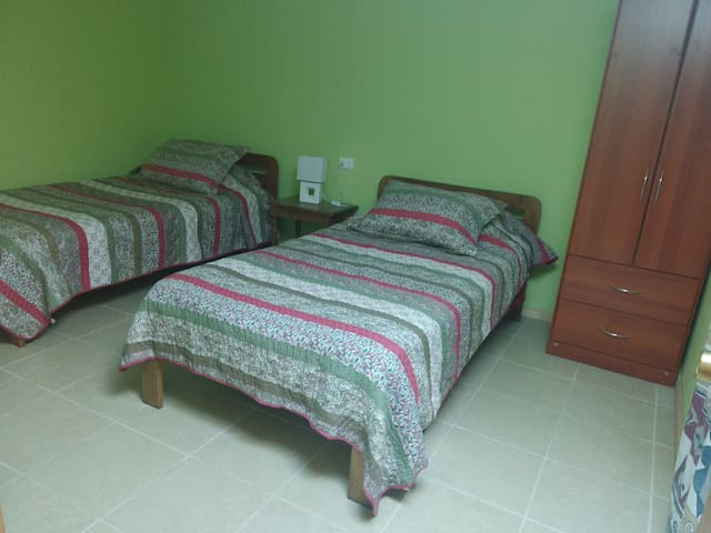 Two beds room in Santa Cruz's center. - Santa Cruz