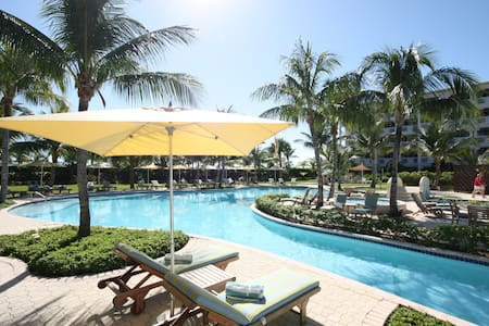 Alexandra Resort on GraceBay - TCI - Apartament