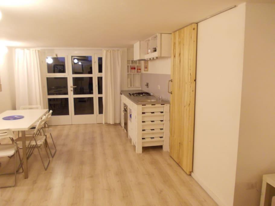 Casetta di dol castiglioncello li appartamenti in for Casetta con seminterrato