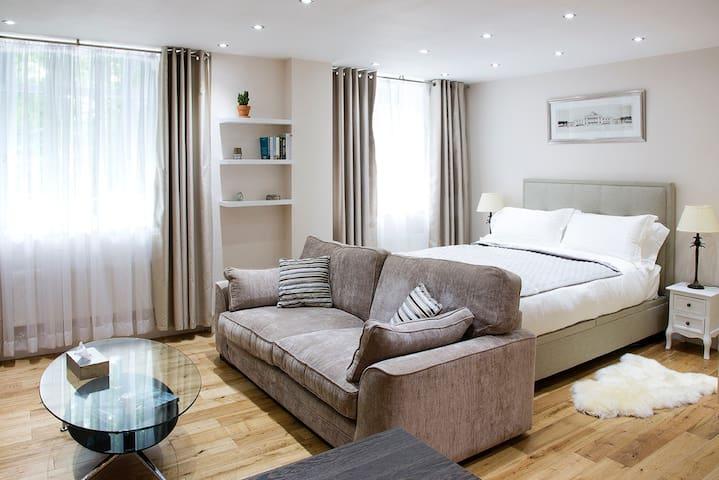 Affordable Luxury- 2 Min Walk Maida Vale Station - London - Apartemen
