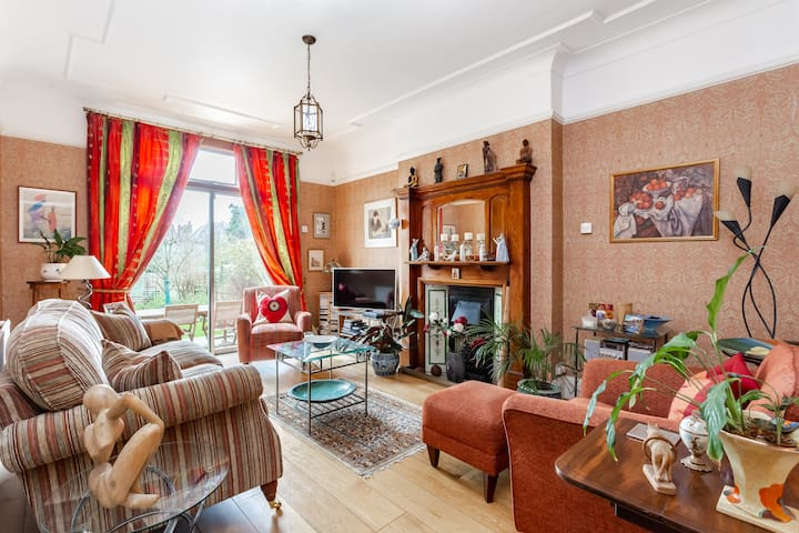5 Bed House w/Garden,  DULWICH VILLAGE, London