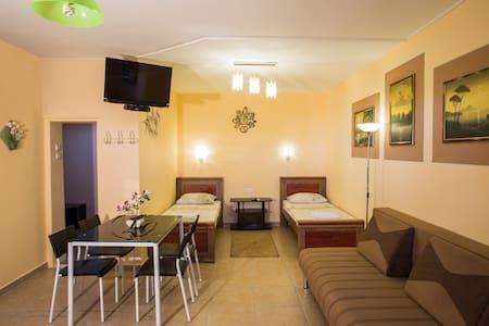 Dead Sea Sunshine Apartments - 2 - Szoba reggelivel