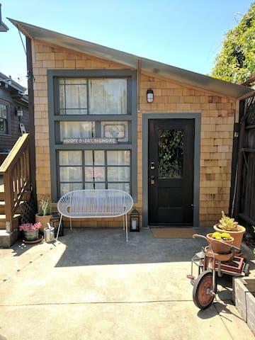 Reclaimed Craftsman Suite