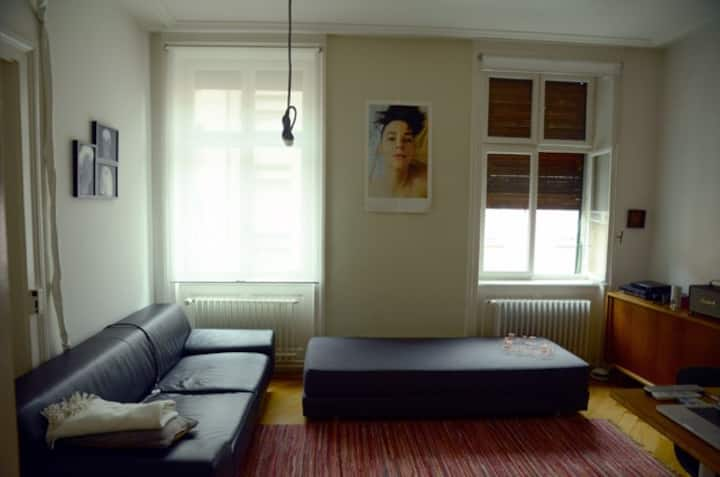 Beautiful small apartment near to the fair