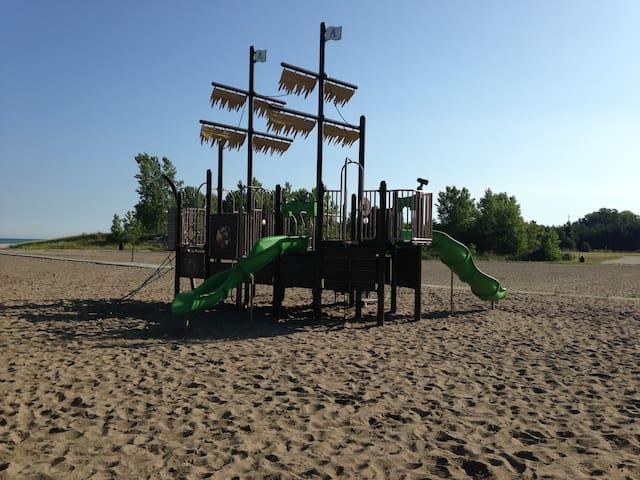 Playground at Walnut Beach