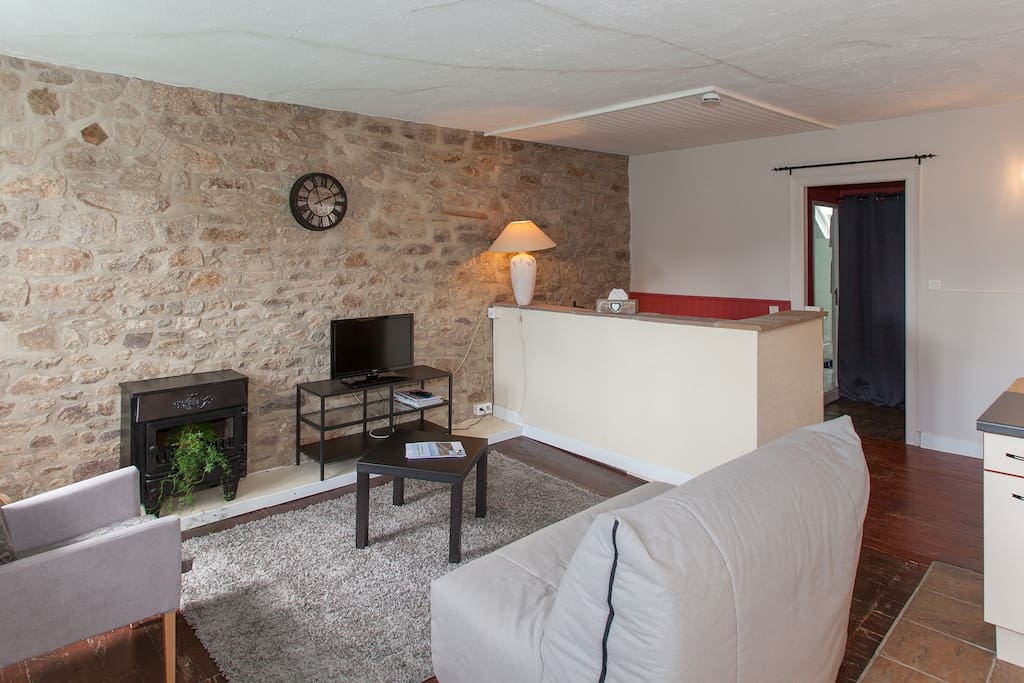 Appart h tel les remparts appartements louer dinan for Louer appart hotel