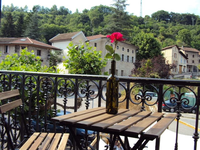 Close to le Vercors...Flat 70m2 - La Sône - Apartamento