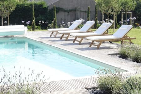 Beautiful house with swimming pool - Saint-Martin-du-Fouilloux