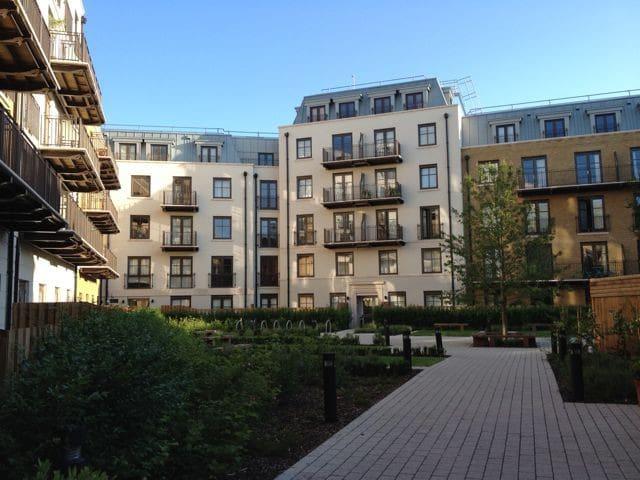 Smart 1 bed flat Islington, London