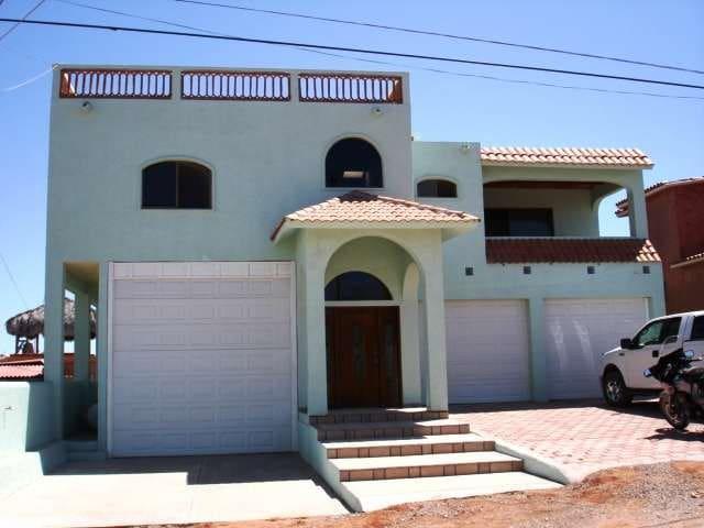 Spacious San Carlos Home - San Carlos - Talo