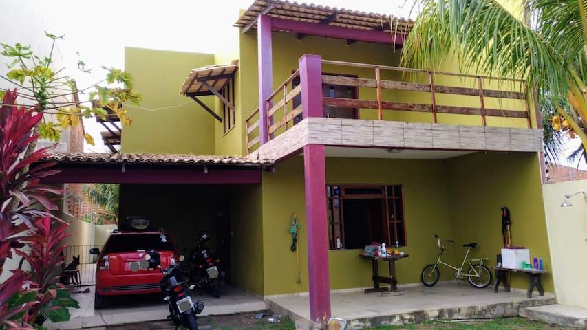 Suítes c/ Wi-Fi, TV e Ar na Barra dos Coqueiros