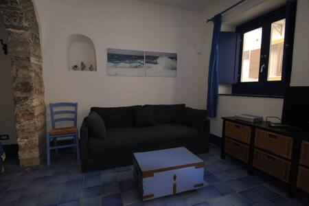 "Apartment in the center ""Riccio"" - Ustica"