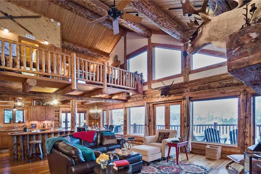 Mountain High Chalet Quintessential Deluxe Cabin