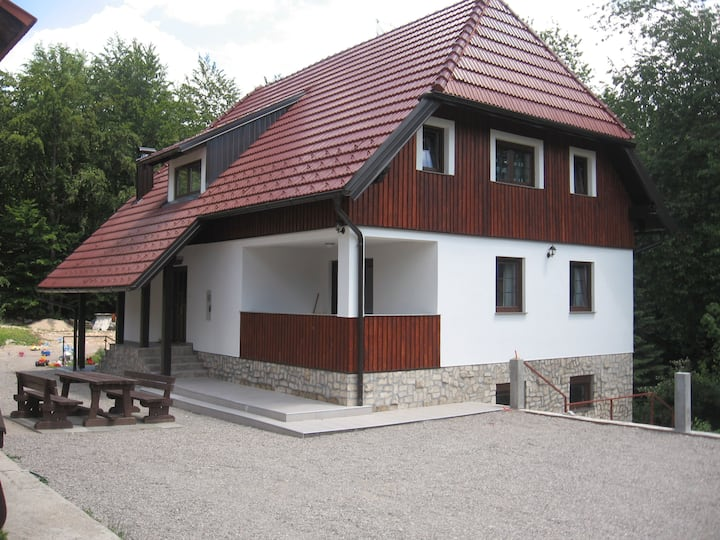 B&b 1/4 in the center of PLITVICE LAKES