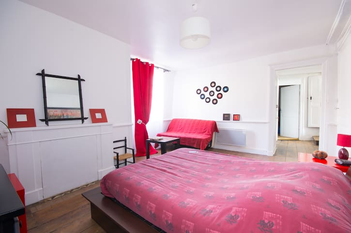 Chambre dans le centre de Lamballe - Lamballe