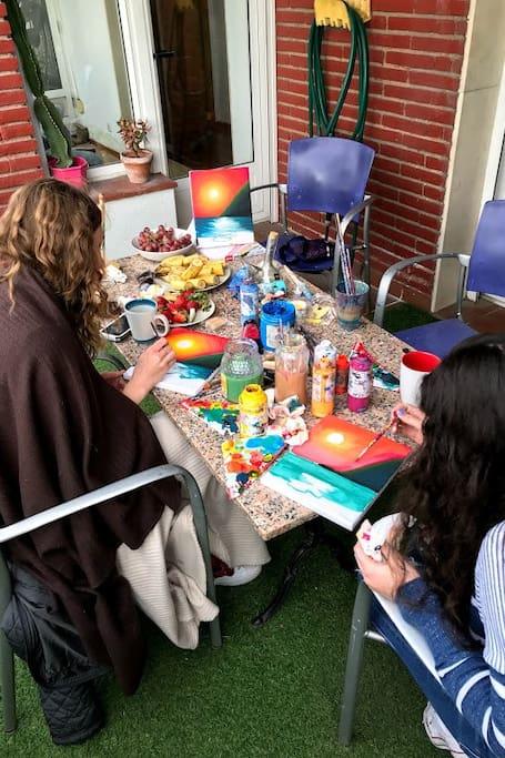 Terrasse, Kunst & Paella – BBQ & Sangria