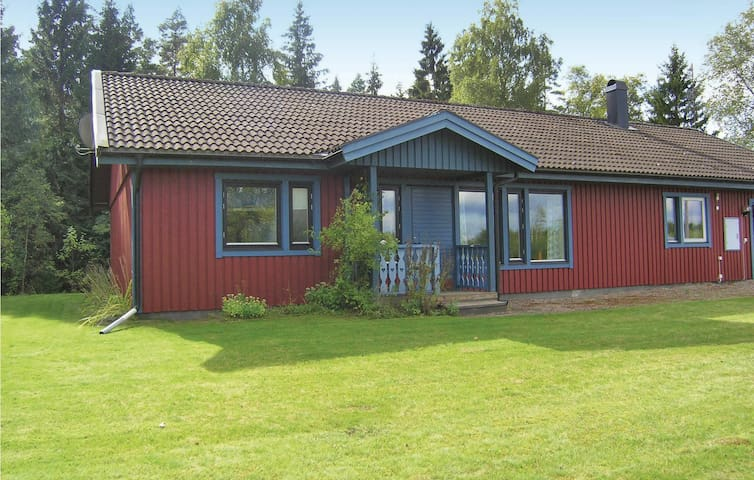 Holiday cottage with 3 bedrooms on 118m² in Ryssby