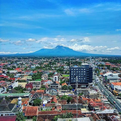 Cushy Apartment with Mount Merapi View