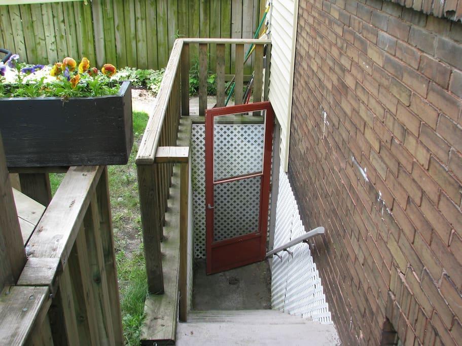 Private Entrance via Backyard