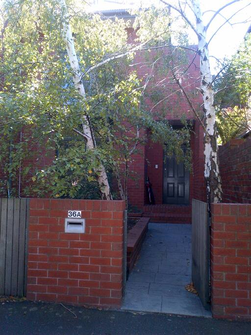 Our entrance-way in the leafy suburb of St Kilda West/Middle Park