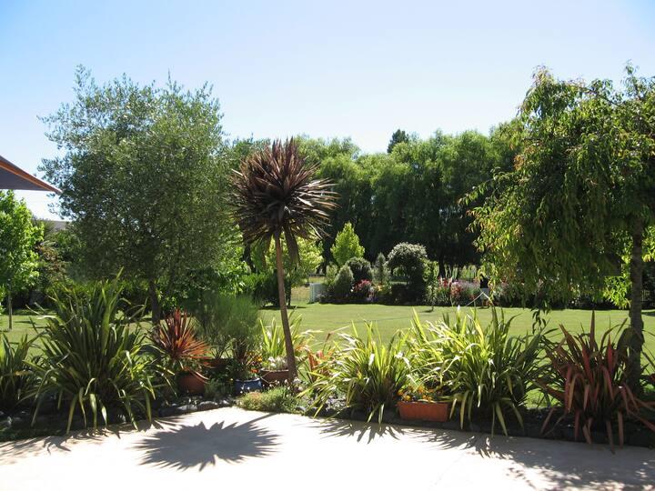 Korbaylen Estate set on 10 acres