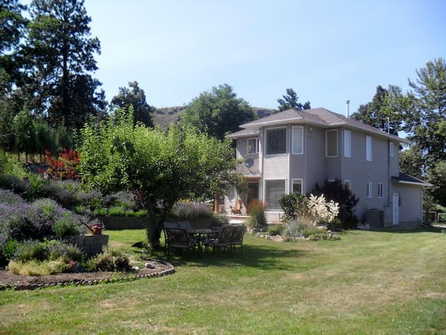 The Grapeseed Guesthouse & Gardens - Penticton - Huis