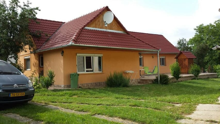 holidayhome in  village Töttös - Lippó - Haus