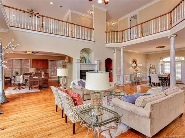 Lake Norman Mansion - Live the Life of Royalty