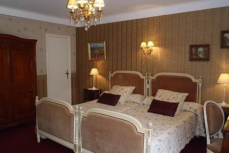 Chambre charme twin 20km Toulouse - Bed & Breakfast