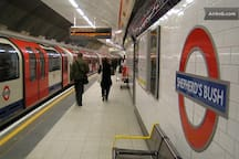 Central Line tube station 10 minutes walk from flat