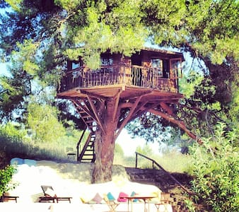 Treehouse Greece 10mins from Sandy beach's.