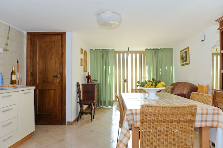 Very Nice apartment near the sea - Torre Santa Sabina - Leilighet