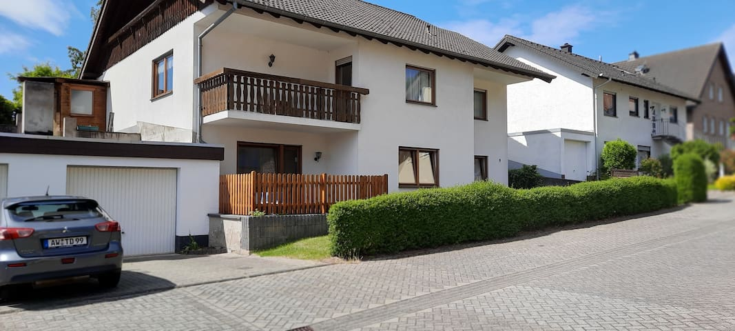 Ferienwohnung Bausenbergblick