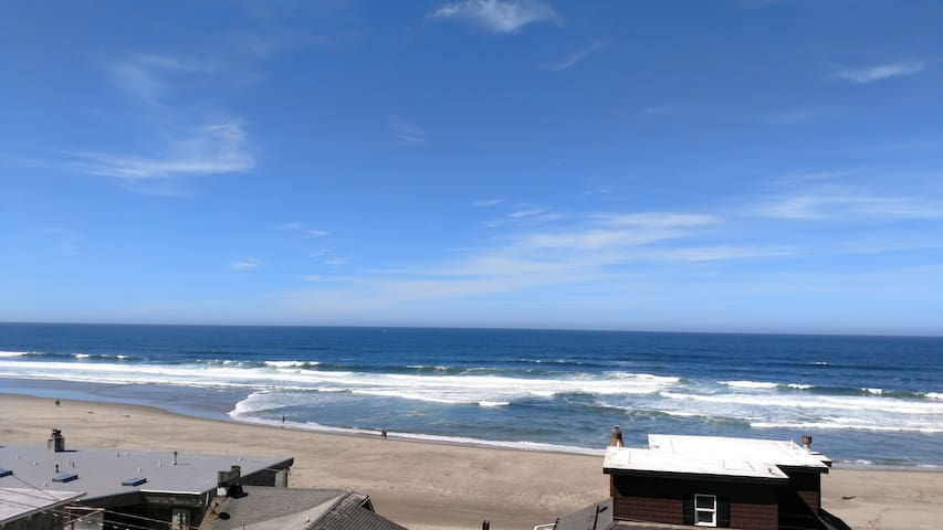 Seashell Condo, Ocean View, Great Location 1br/2ba