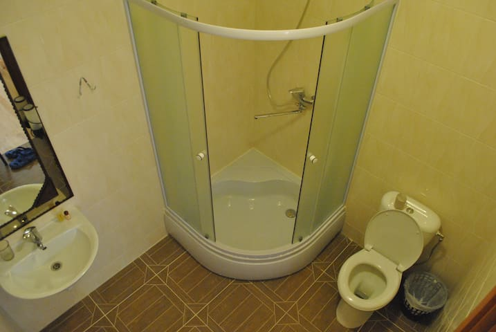 Privat bathroom with all you need