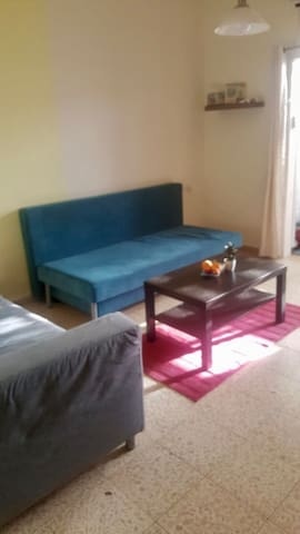 Sunny Two bedroom apartment in Bat Yam